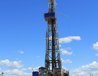 North Dakota Ousts Alaska as Second-Largest Oil Producer